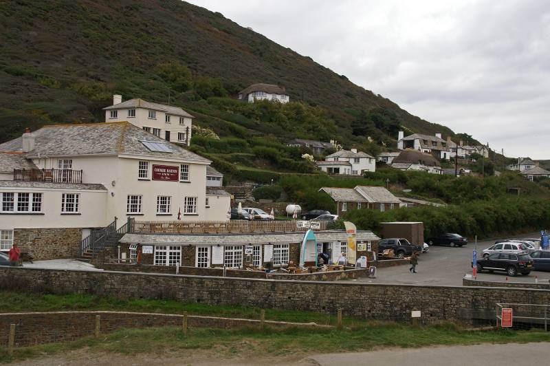 crackington-haven-local-pub-jpg